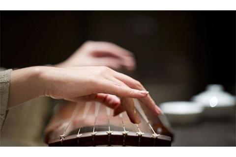 十首关于古琴的诗词,欲将心事付瑶琴,惊回千里梦